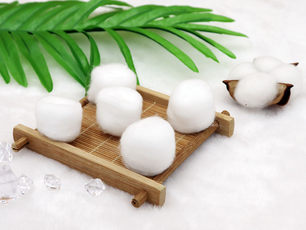 Medical Consumables 100% cotton absorbent balls softness wound care sterile or non sterile cotton ball