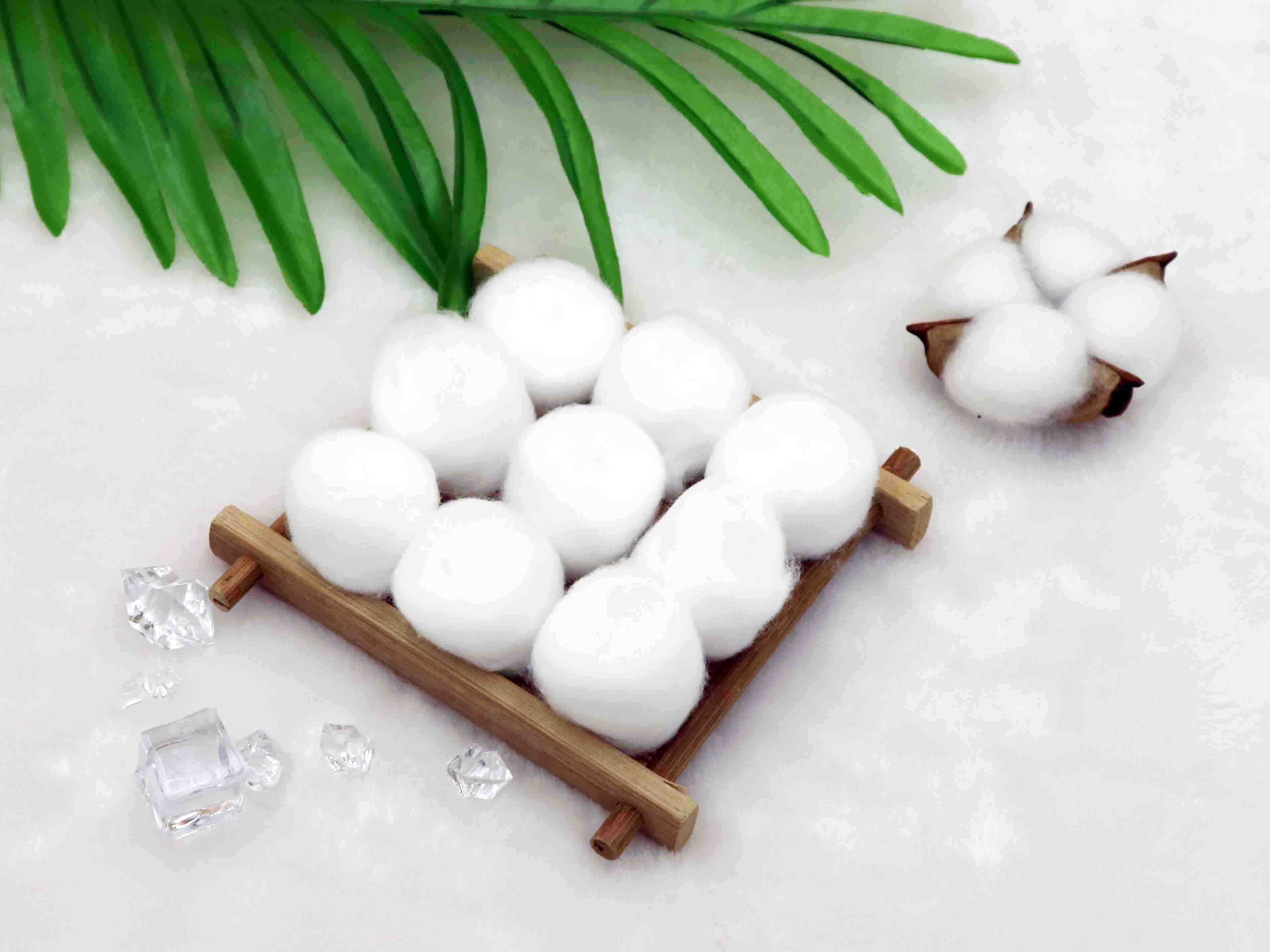 High Absorbent Medical Disposable Consumables White Cotton Wool Ball